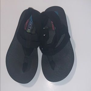 Skechers Yoga Foam Black Sandals